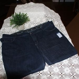 Lee Midrise Bootcut Jeans 26W/M New